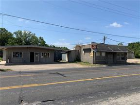 Property for sale at 524 E Cameron Avenue, Rockdale,  Texas 76567