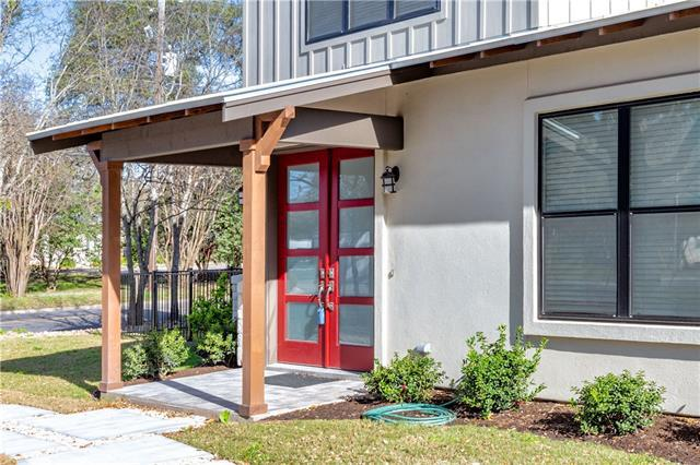 Photo of home for sale at 1901 Railroad AVE, Georgetown TX