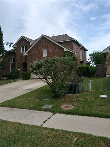 Photo of home for sale at 19009 Wandering Vine CV, Pflugerville TX