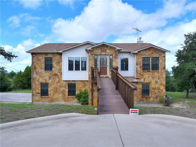 Photo of home for sale at 21109 Ridgeview RD, Lago Vista TX