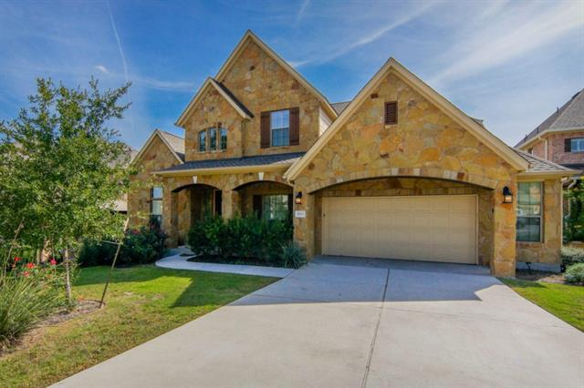 Photo of home for sale at 11713 Palisades PKWY, Austin TX