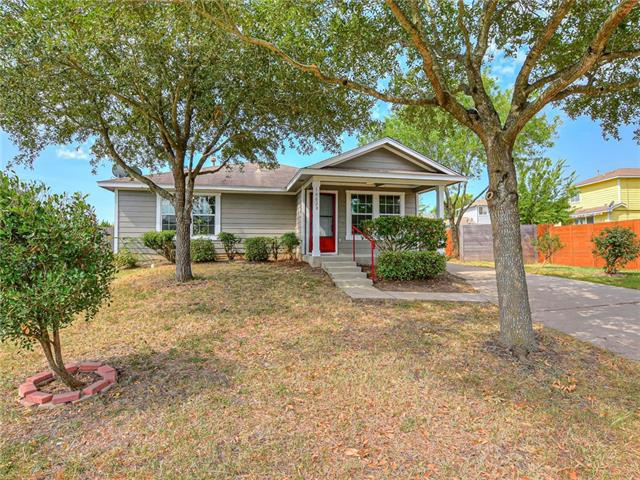Photo of home for sale at 18028 Powder Creek DR, Manor TX