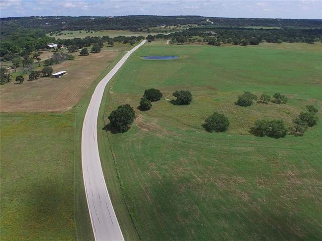 Photo of home for sale at 121 Sandstone RDG, Marble Falls TX
