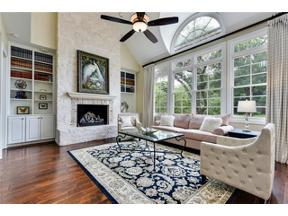 Property for sale at 107  Parkwood Ct, West Lake Hills,  Texas 78746