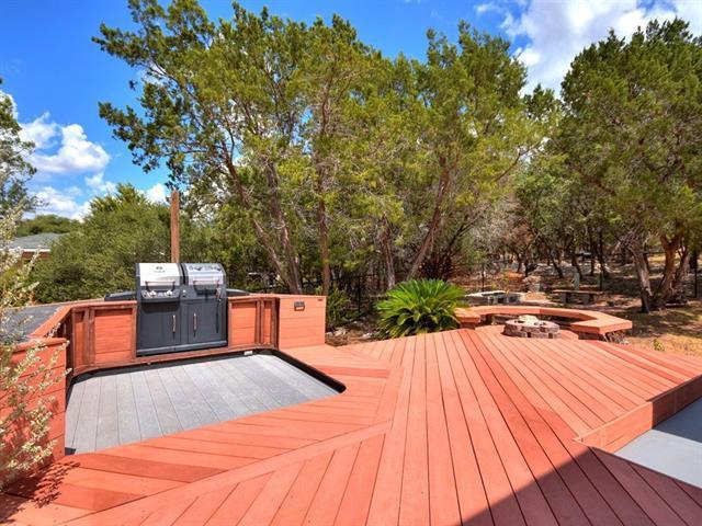 Photo of home for sale at 21706 Ticonderoga AVE, Lago Vista TX