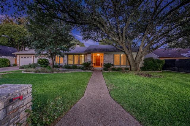 Photo of home for sale at 7709 Ridgestone DR, Austin TX