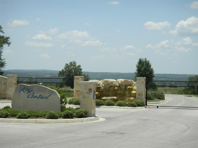 Photo of home for sale at 360 River Cliff PL, Spring Branch TX