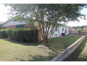 Property for sale at 5733  Pinon Vista Dr, Austin,  Texas 78724