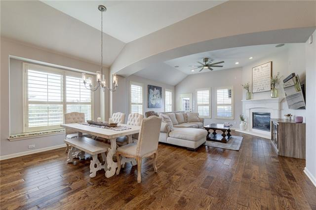 Photo of home for sale at 12229 Long Bay CV, Austin TX