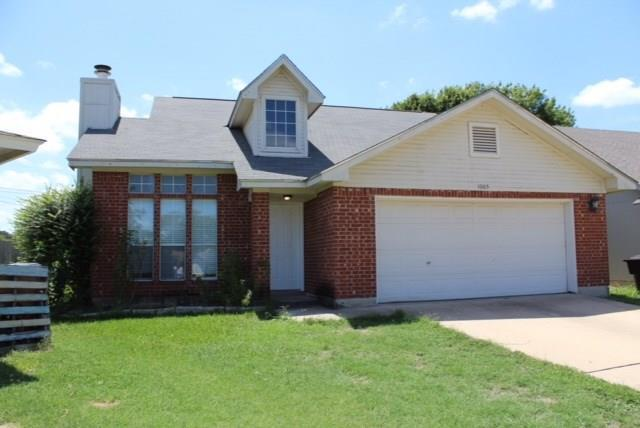 Photo of home for sale at 1005 Tamra CV, Round Rock TX