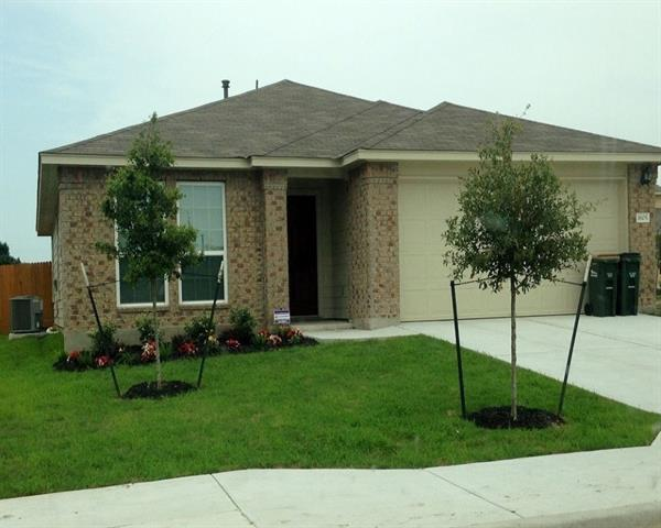 Photo of home for sale at 1605 Ascot ST, Georgetown TX