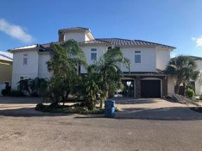 Property for sale at 64 Blue Heron, Rockport,  Texas 78382