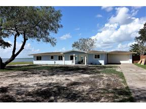 Property for sale at 140 Zenna Dr, Mathis,  Texas 78368