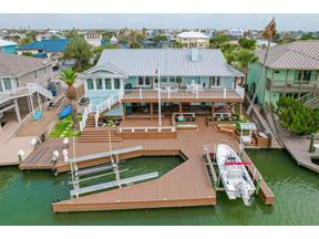 Property for sale at 18 Blue Heron Drive, Rockport,  Texas 78382