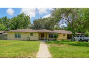 Property for sale at 1312 Southwood Street, Alice,  Texas 78332