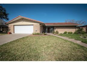 Property for sale at 406 Sharon Dr, Corpus Christi,  Texas 78412