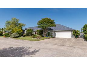 Property for sale at 111 Dolphin Ct, Aransas Pass,  Texas 78336