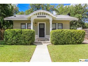 Property for sale at 564 S Castell Avenue, New Braunfels,  Texas 78130