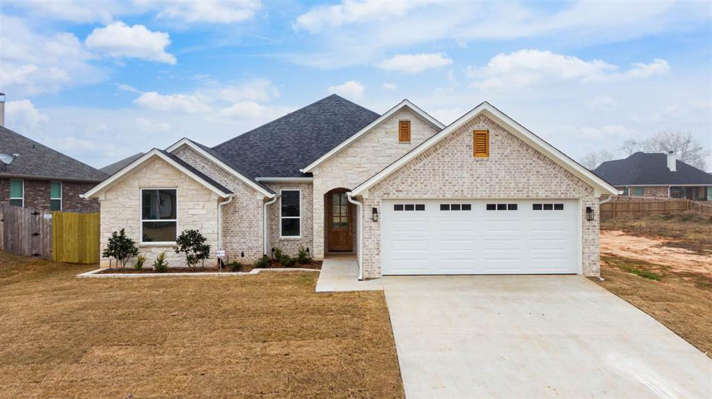 Photo of home for sale at 1121 Nate, Bullard TX
