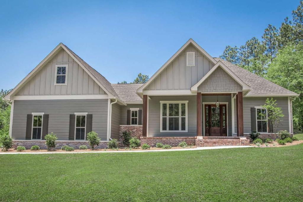 Photo of home for sale at 3006 Willow Creek Cir, Tyler TX