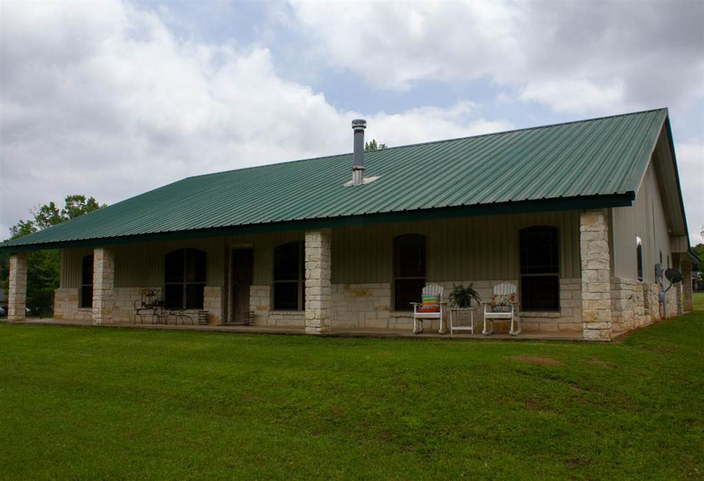Photo of home for sale at 116 Young Rd., Hallsville TX