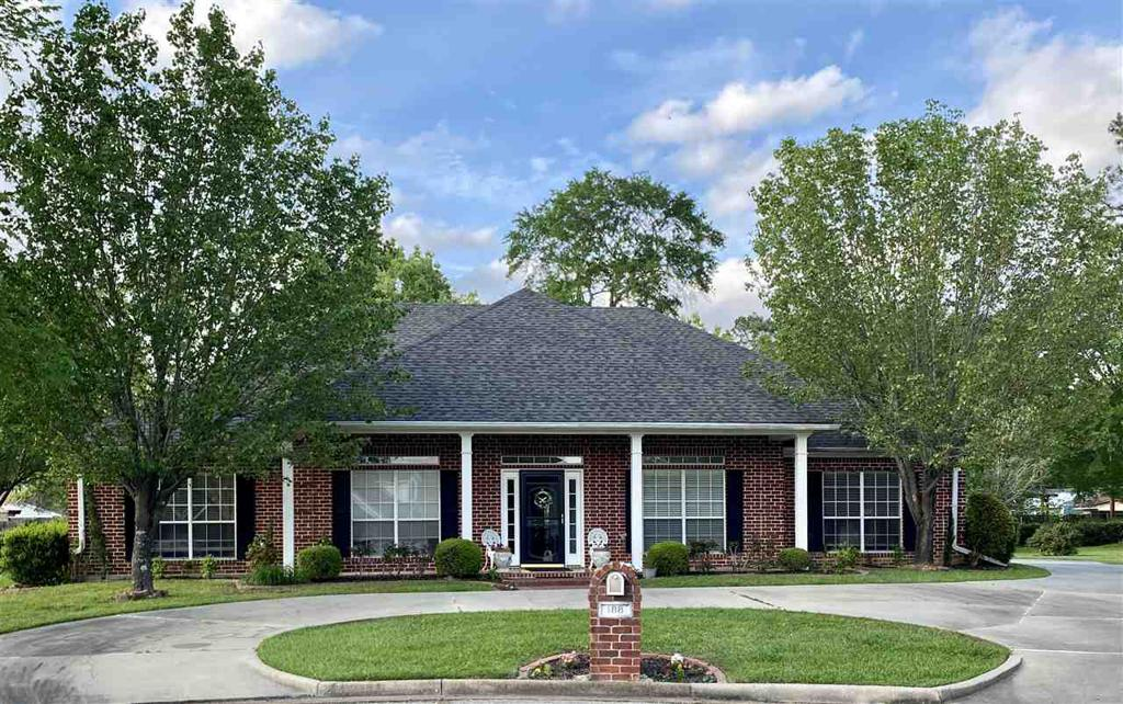 Photo of home for sale at 188 Candelara, Carthage TX