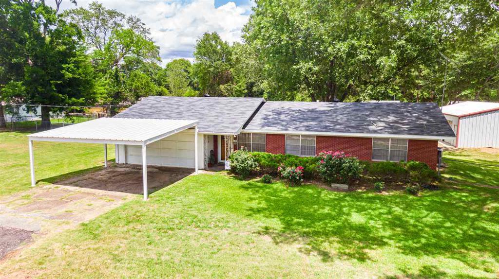 Photo of home for sale at 306 White Oak Road, White Oak TX