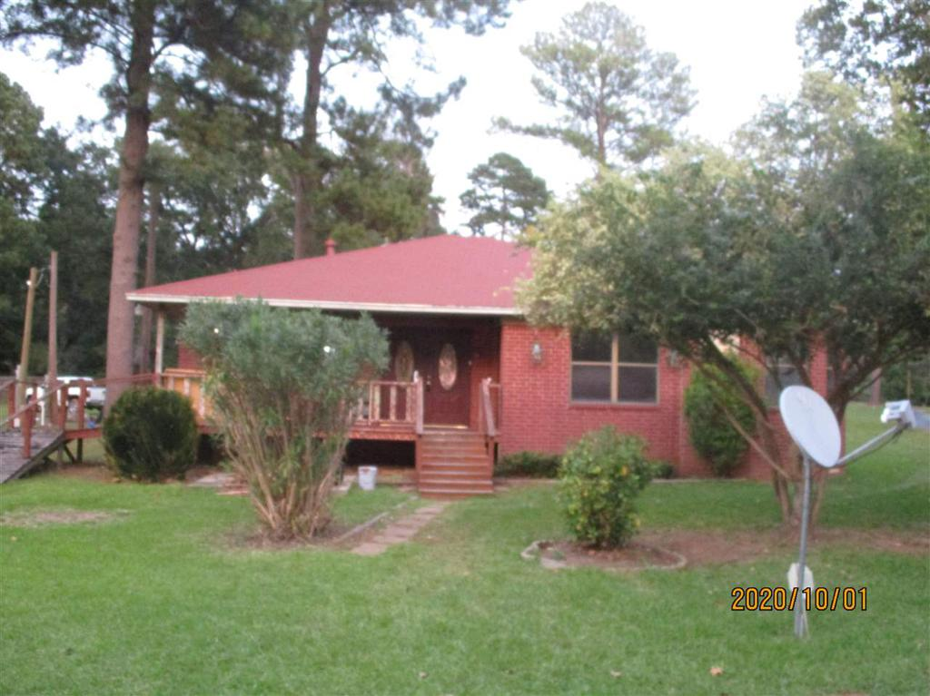 Photo of home for sale at 16916 cr 4256, Henderson TX