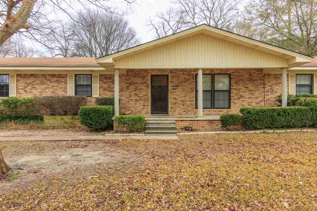 Photo of home for sale at 292 FLENNIKEN ST., Gladewater TX