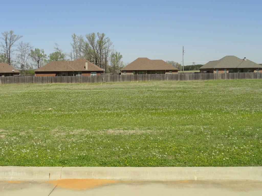 Photo of home for sale at 4521 Windsor Park, Kilgore TX