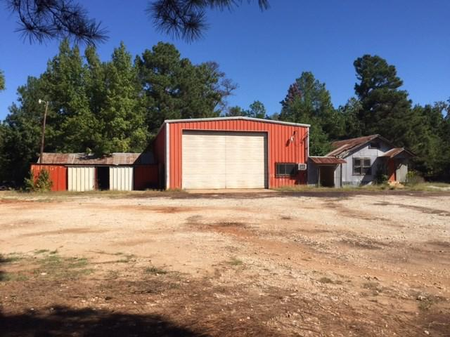 Photo of home for sale at 00 Hwy 64 W, Overton TX