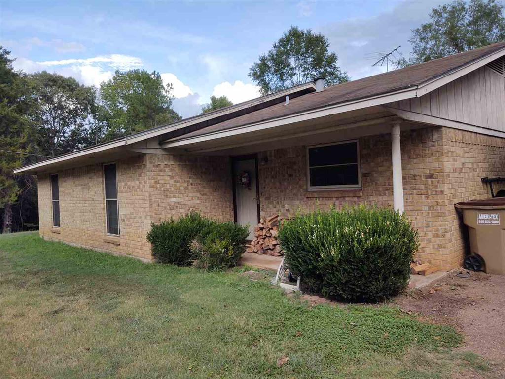 Photo of home for sale at 12322 Trail Rd, Ore City TX