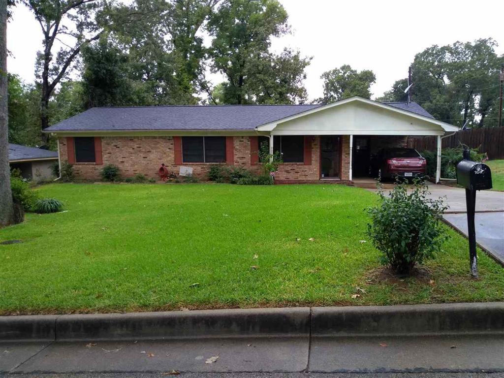 Photo of home for sale at 1601 FOWLER ST., Longview TX