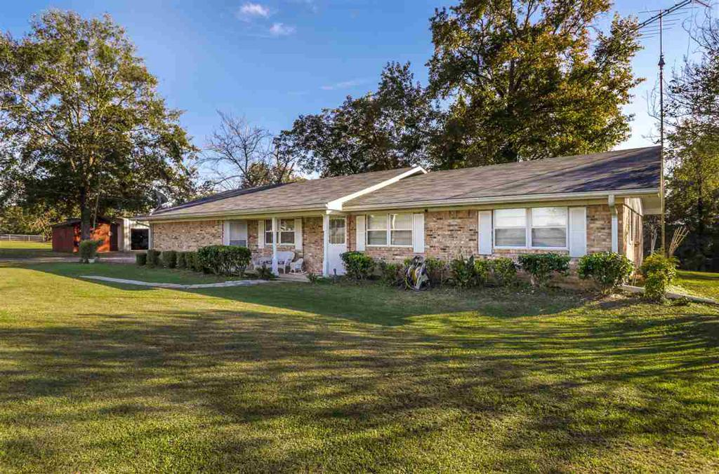 Photo of home for sale at 6548 Pinewood, Gilmer TX