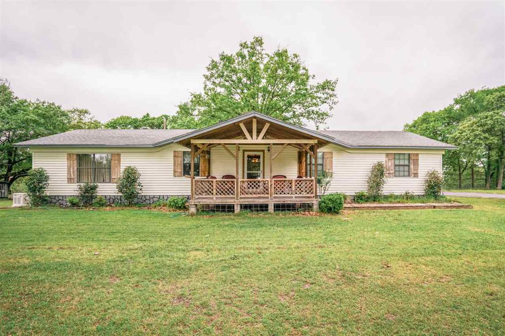 Photo of home for sale at 4358 CR 367 E, Henderson TX