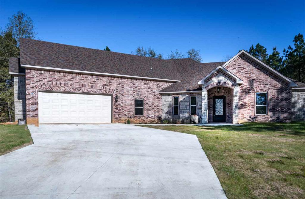 Photo of home for sale at 8614 FM 2208, Longview TX