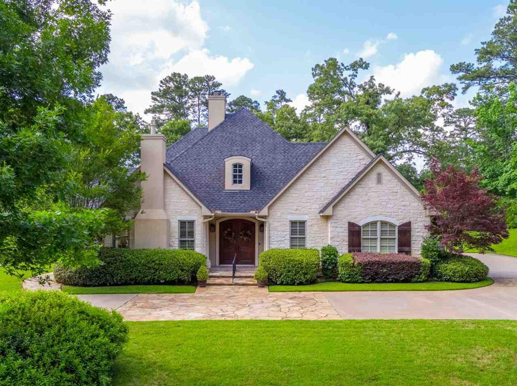 Photo of home for sale at 2026 CENTENARY CIRCLE, Longview TX