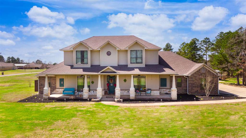 Photo of home for sale at 377 Tiger Lilly, Diana TX