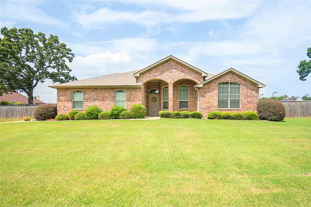 Photo of home for sale at 3409 Woodview, Kilgore TX