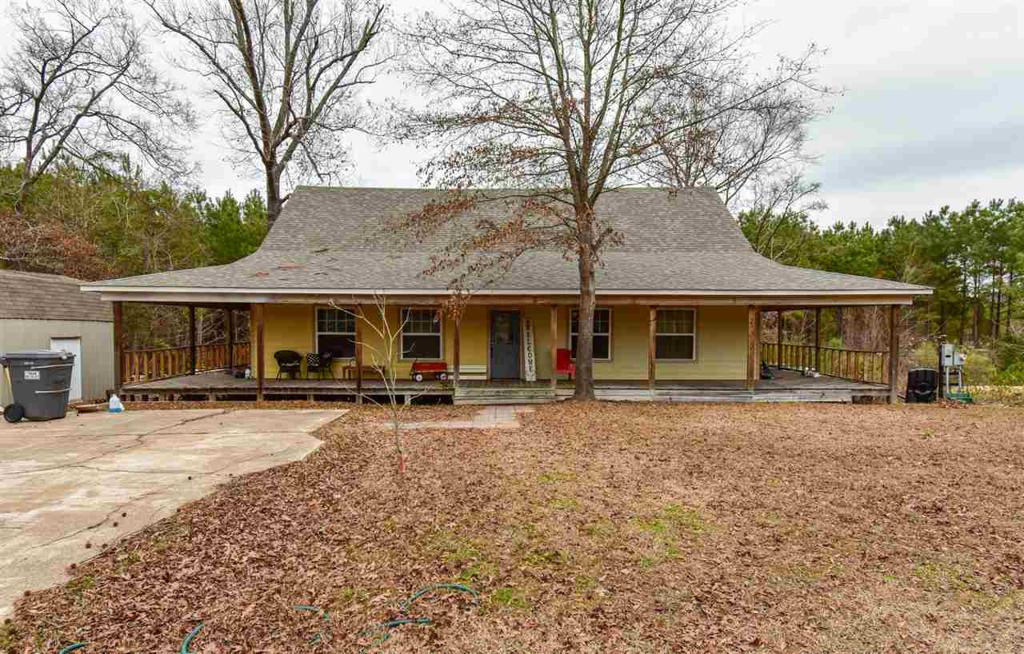 Photo of home for sale at 1861 Highway 259, Diana TX