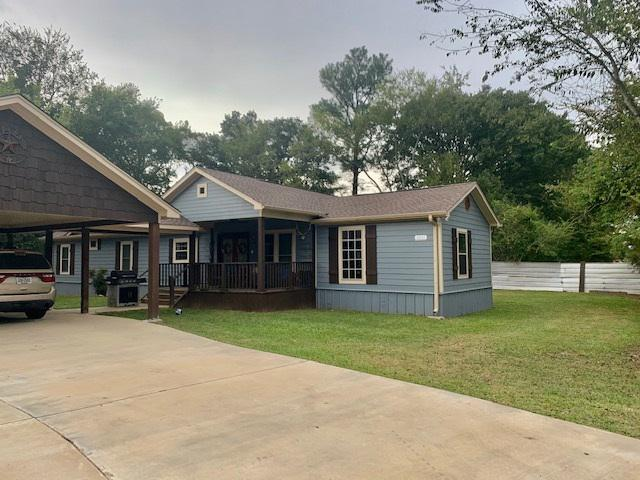 Photo of home for sale at 3011 Mustang Dr, Kilgore TX