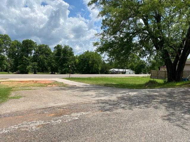 Photo of home for sale at 214 Broadway, Big Sandy TX