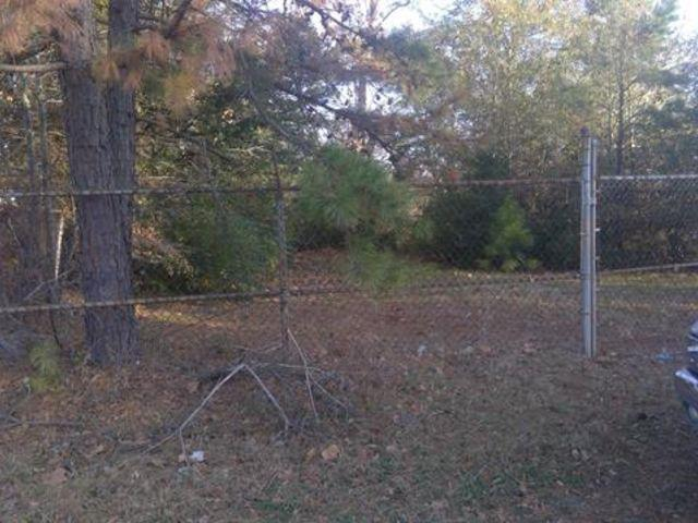 Photo of home for sale at 1005 Booker Street, Longview TX