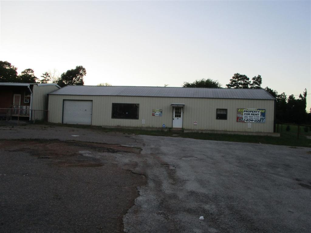 Photo of home for sale at 3510 US 79, Henderson TX