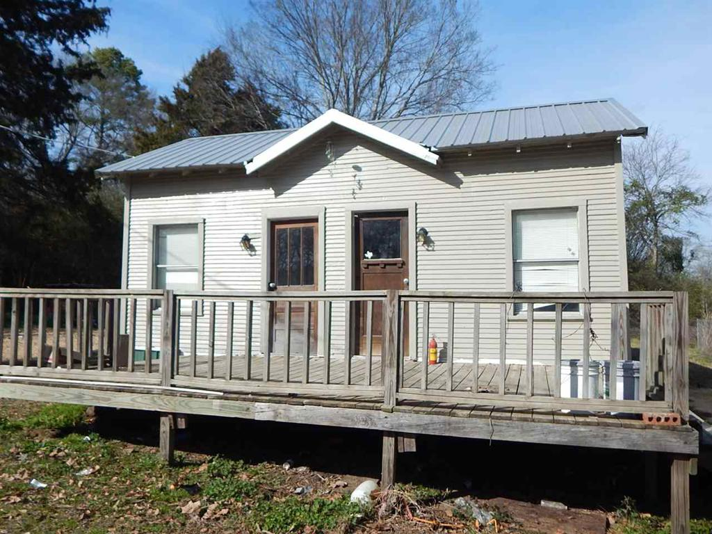 Photo of home for sale at 204 Gage, Big Sandy TX
