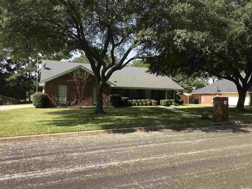 Photo of home for sale at 805 TOLER CT, Longview TX