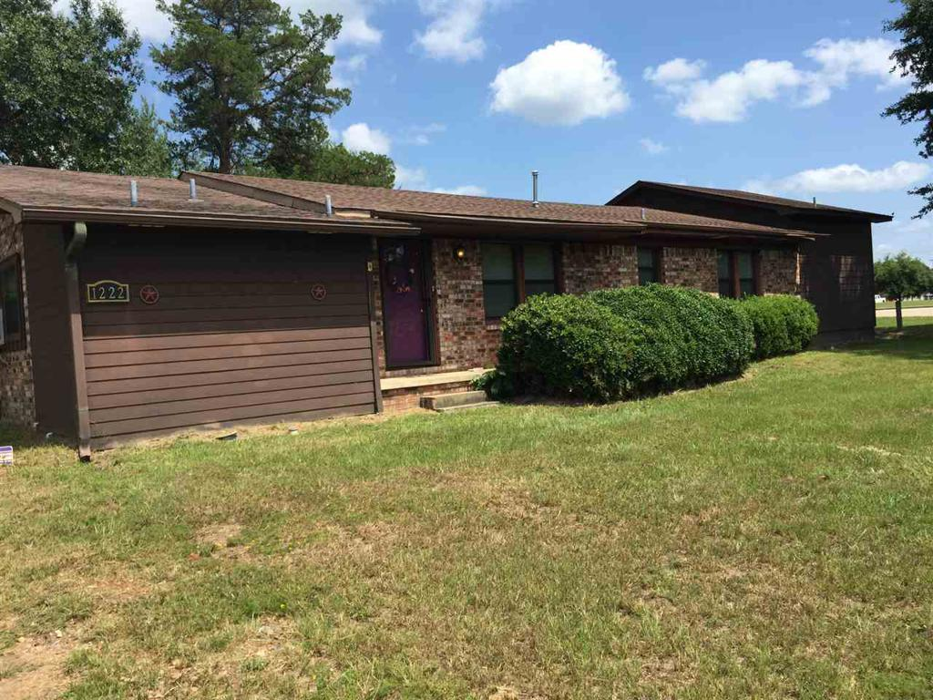 Photo of home for sale at 1222 US Hwy 271, Gilmer TX