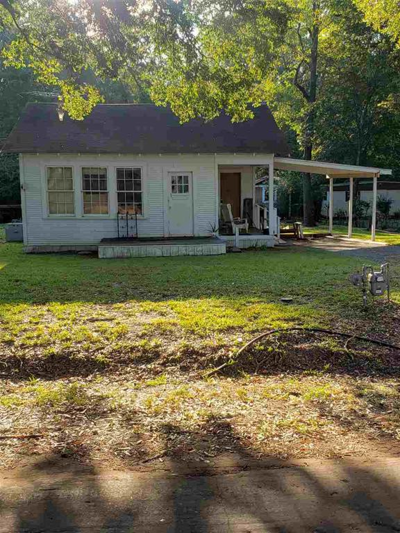 Photo of home for sale at 297 CR 184, Carthage TX
