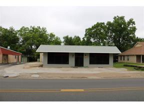 Property for sale at 614 W Tyler Street, Gilmer,  Texas 75644