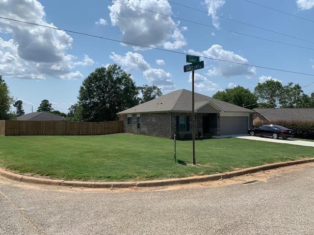 Photo of home for sale at 301 Jamie Court, Longview TX